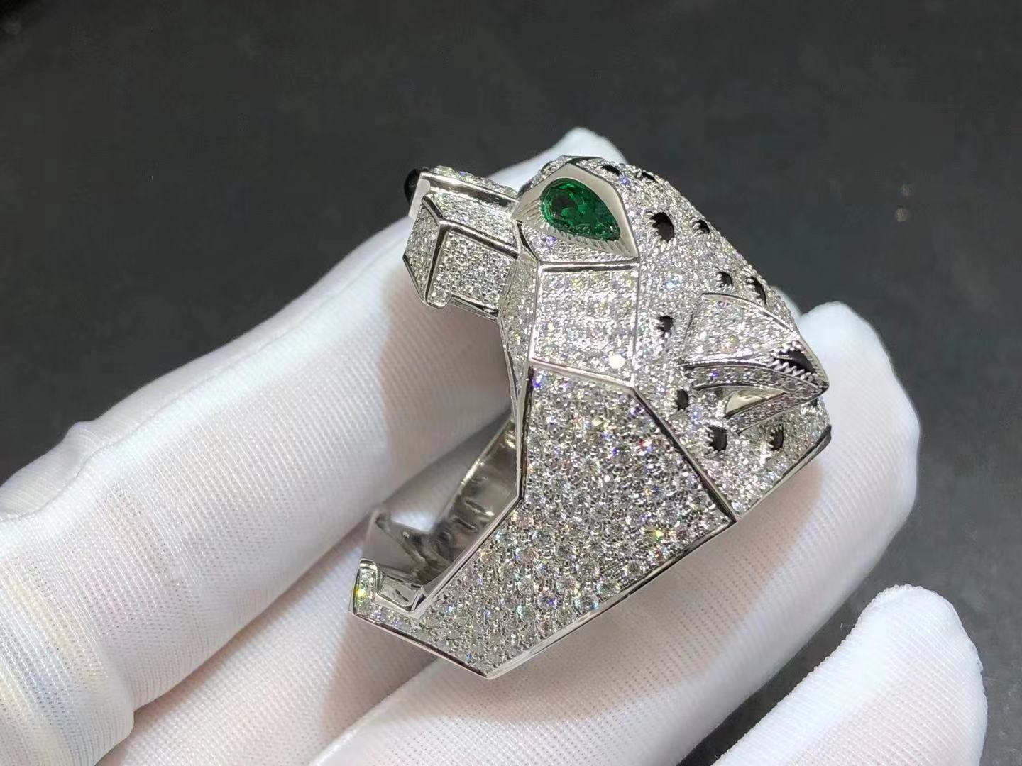 Custom made 18K White Gold Panthere de Cartier Diamond Paved Ring H4179600