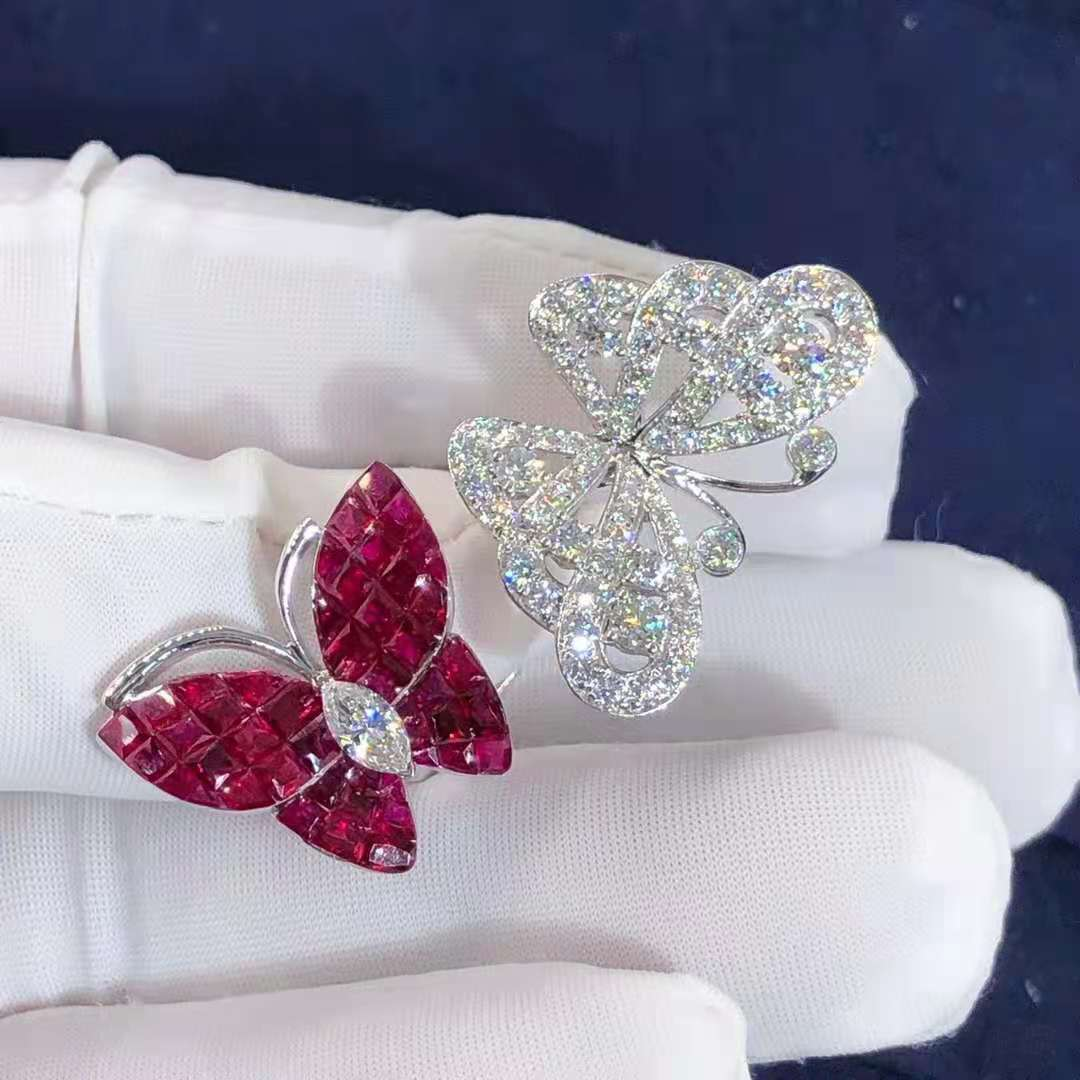 Van Cleef & Arpels White Gold Flying Butterfly Diamond & Mystery Set Rubies High Jewelry Between The Finger Ring