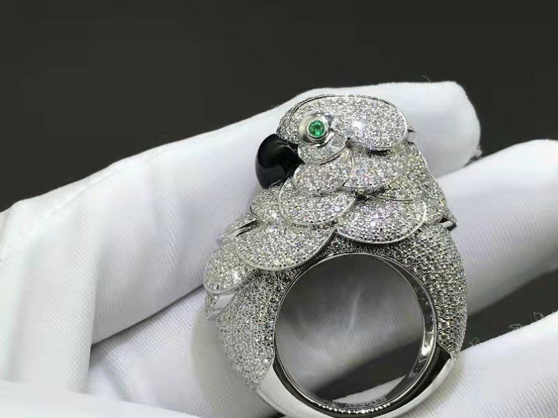 Cartier High Jewelry Platinum and Diamond Parrot Cockatoo Ring